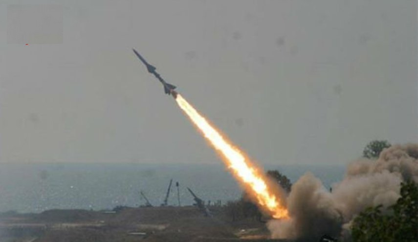 القوة الصاروخية تدك تجمعات المنافقين في الساحل الغربي بصاروخ قاهر البالستي